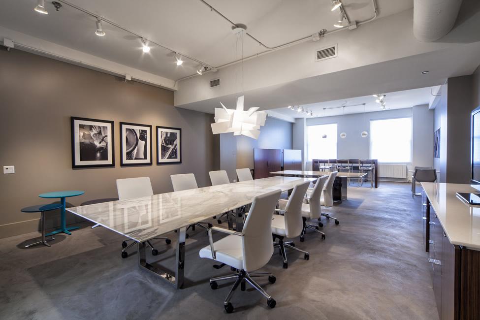 NewsNeoCon Prismatique - White marble conference table